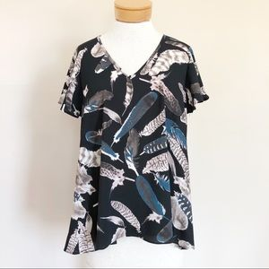 Buddy Love Feather Print V Neck Tunic Top Black S
